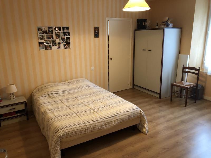 Sale house / villa Saint andre de la marche 138260€ - Picture 6