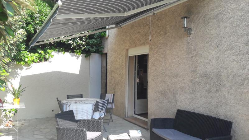 Location vacances maison / villa Les issambres 915€ - Photo 6