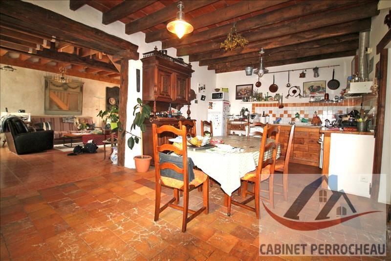 Sale house / villa La chartre sur le loir 111500€ - Picture 5