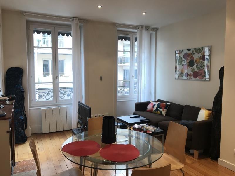 Alquiler  apartamento Lyon 6ème 882€ CC - Fotografía 3