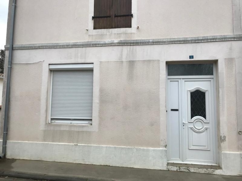Rental house / villa Les touches-de-périgny 537€ CC - Picture 2