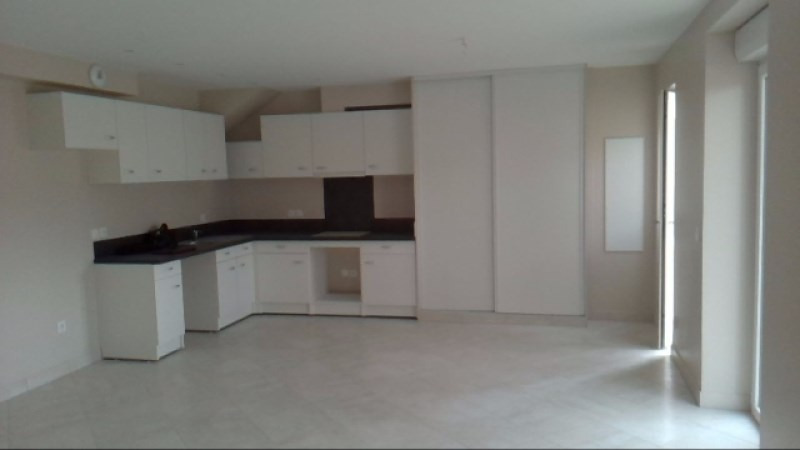 Location appartement Echarcon 870€ CC - Photo 2