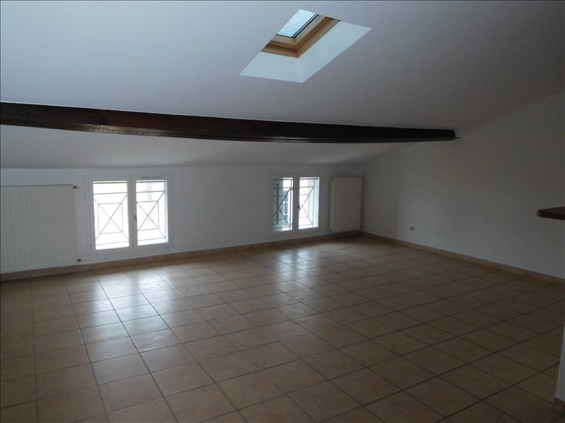 Rental apartment Le puy en velay 451,79€ CC - Picture 2