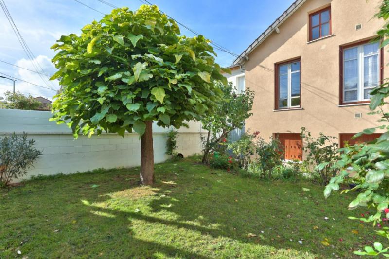 Revenda casa Colombes 499000€ - Fotografia 11