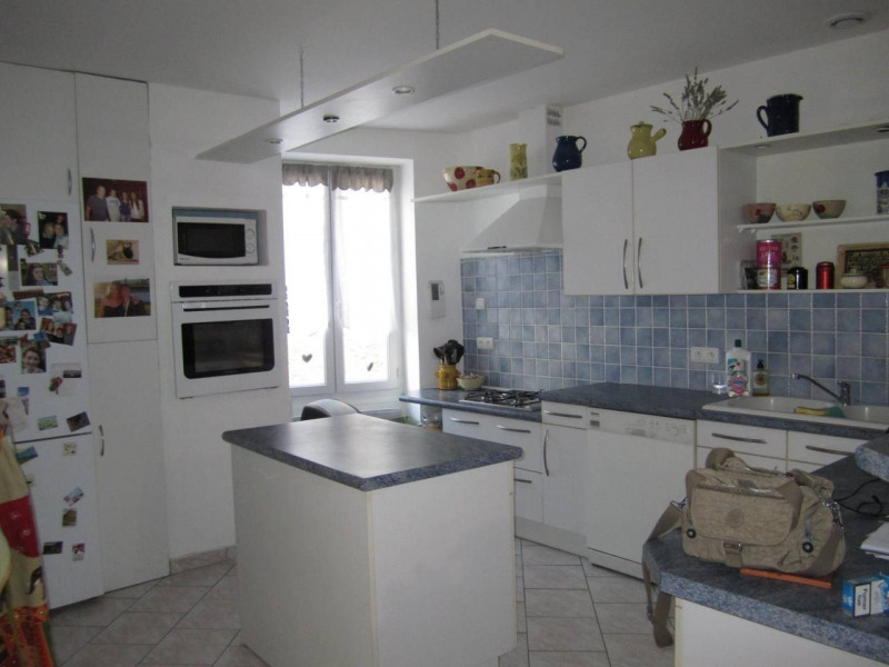 Sale house / villa Barbezieux-saint-hilaire 125 000€ - Picture 3