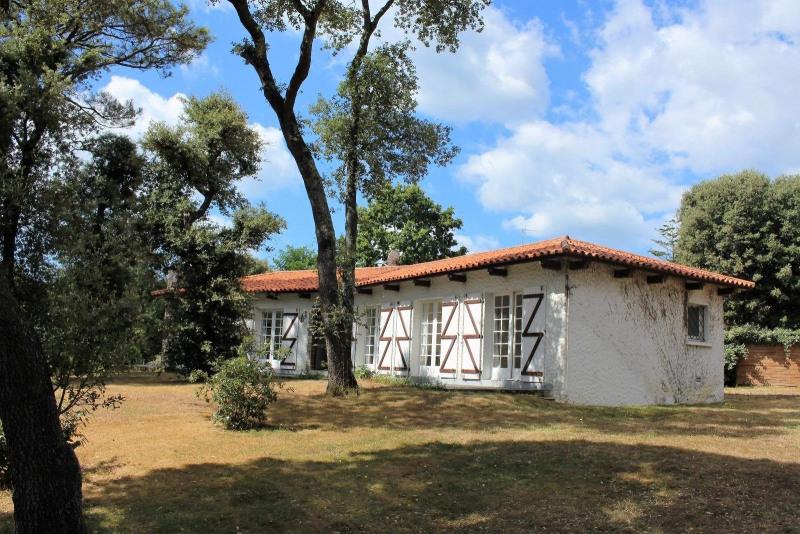 Deluxe sale house / villa Chateau d olonne 585000€ - Picture 9
