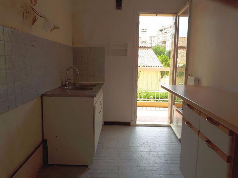 Sale apartment Saint laurent du var 185000€ - Picture 9