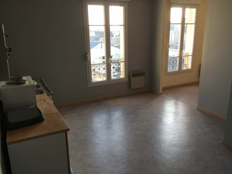 Rental apartment Soissons 421€ CC - Picture 1