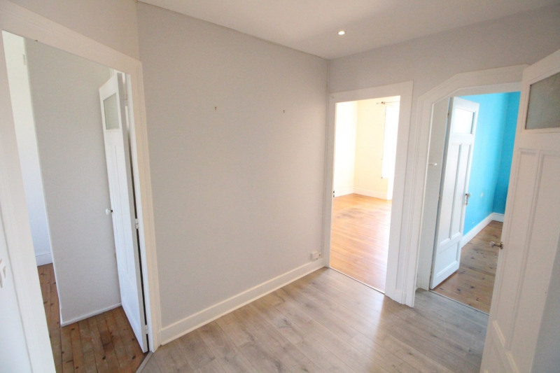 Sale apartment Grenoble 159 000€ - Picture 2