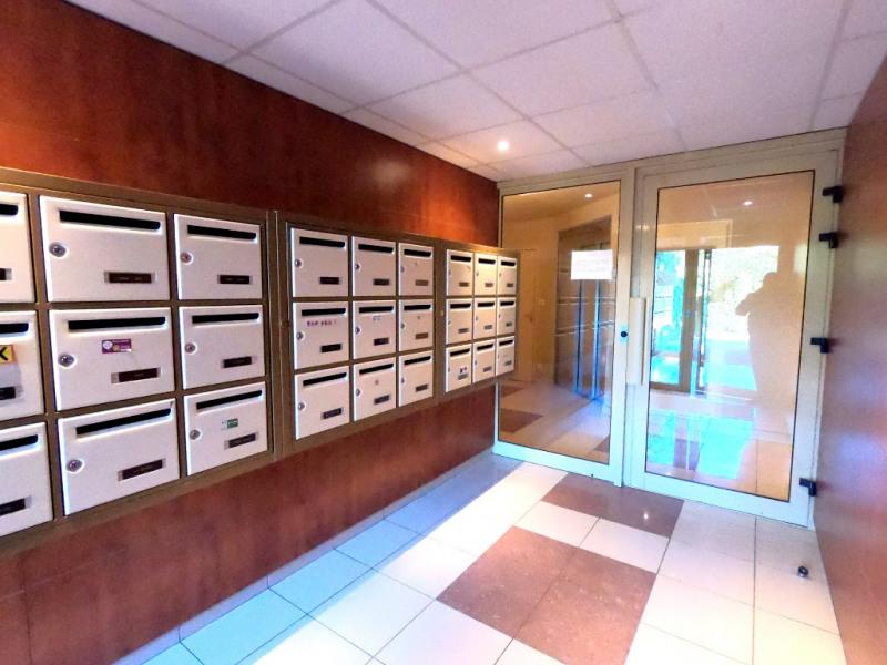 Location appartement Aix en provence 730€ CC - Photo 11