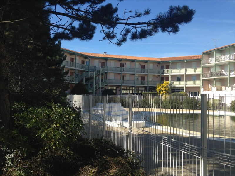 Location vacances appartement Chatelaillon-plage 240€ - Photo 6