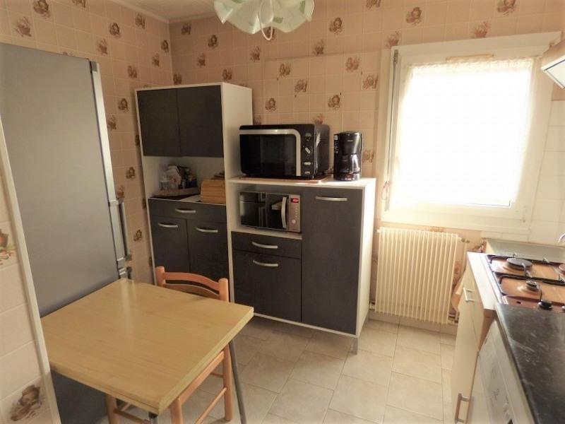 Sale house / villa Saint barthelemy d'anjou 162750€ - Picture 2