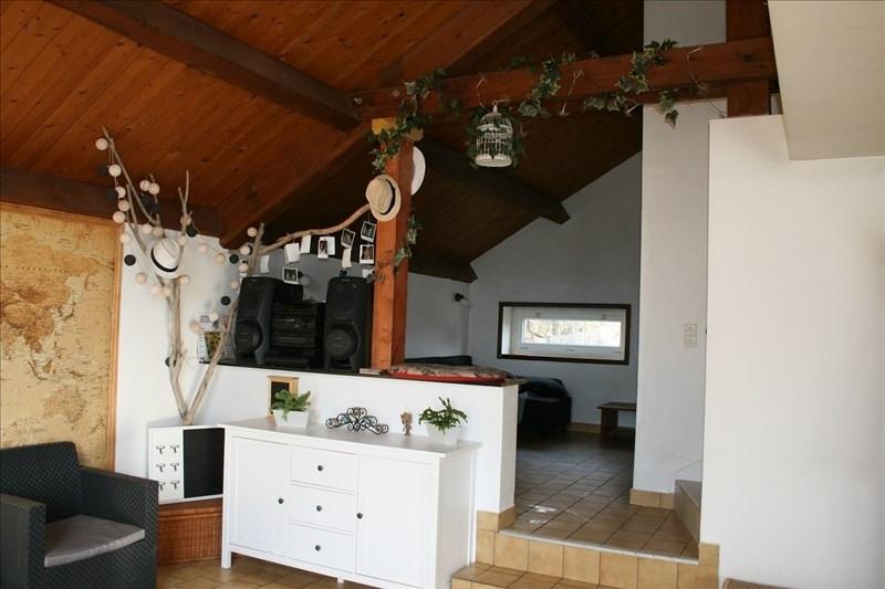 Sale house / villa Villerest 190800€ - Picture 8