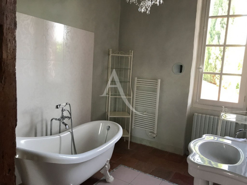 Location maison / villa Pibrac 2 263€ CC - Photo 8