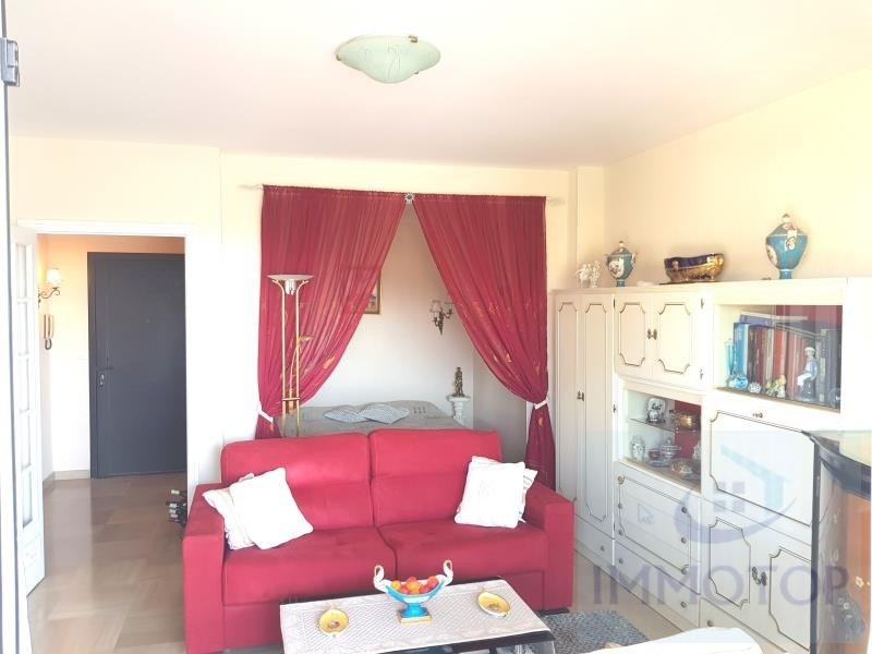 Sale apartment Menton 232 000€ - Picture 2