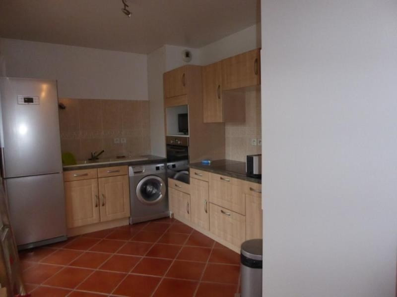 Location appartement Beaumont sur oise 740€ CC - Photo 2
