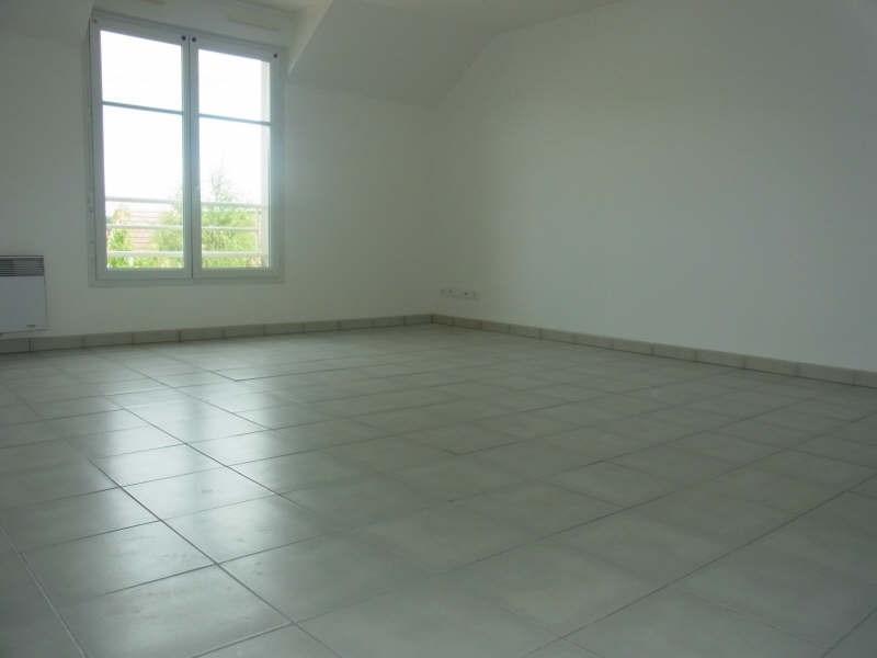 Rental apartment Conflans ste honorine 899€ CC - Picture 2