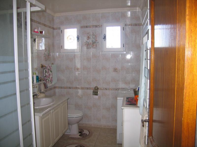 Sale house / villa Redessan 462000€ - Picture 9