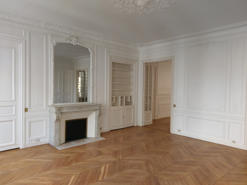 Location appartement Paris 8ème 3 966,80€ CC - Photo 1