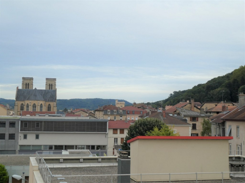 Vente appartement Bourgoin jallieu 105 000€ - Photo 2