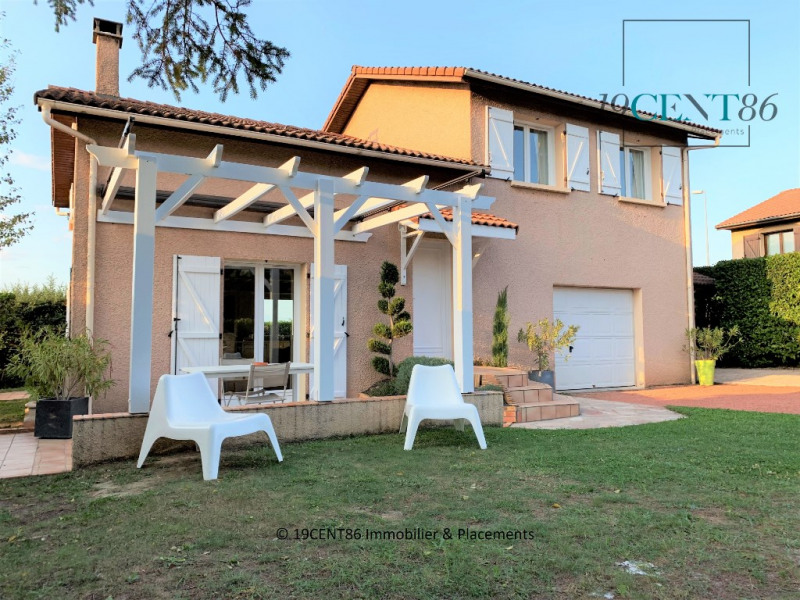 Sale house / villa Saint priest 349000€ - Picture 1