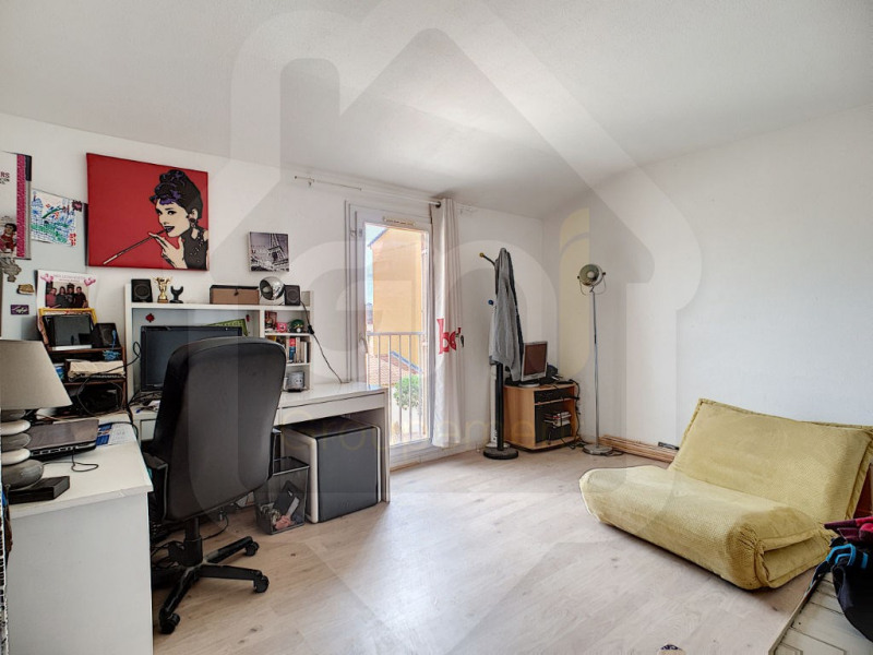 Sale house / villa Vitrolles 290000€ - Picture 4