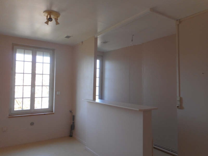 Rental apartment Fauville en caux 302€ CC - Picture 3