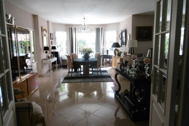 Deluxe sale house / villa Yvre l eveque 655 200€ - Picture 5