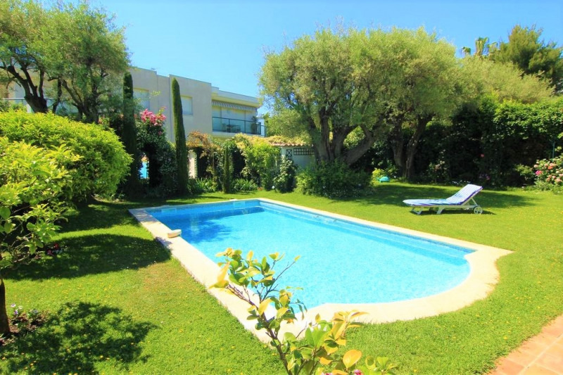 Deluxe sale house / villa Antibes 1799000€ - Picture 3