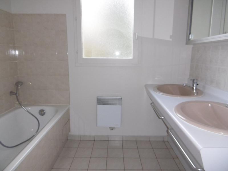 Rental house / villa Noisy le roi 1970€ CC - Picture 8