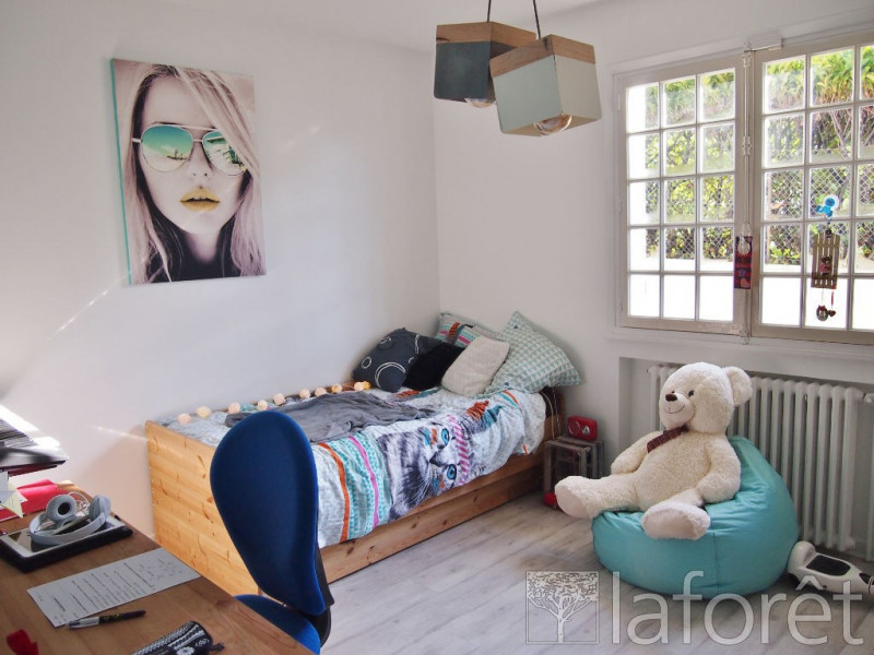 Sale house / villa Bourgoin jallieu 349900€ - Picture 6