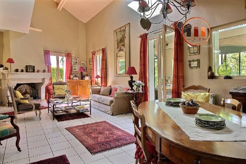 Deluxe sale house / villa Vernaison 580000€ - Picture 2