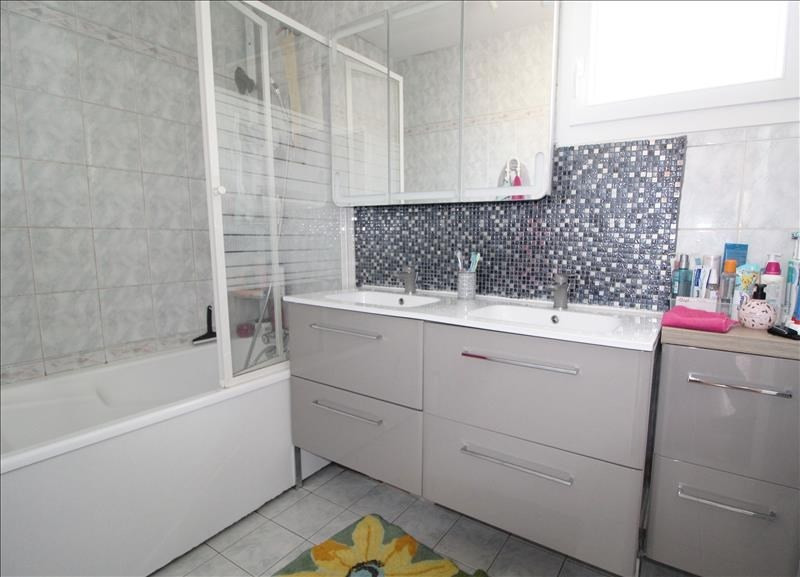 Sale house / villa Elancourt 345000€ - Picture 7
