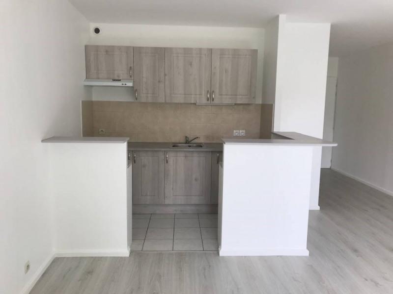Location appartement Marolles-en-hurepoix 711€ CC - Photo 2