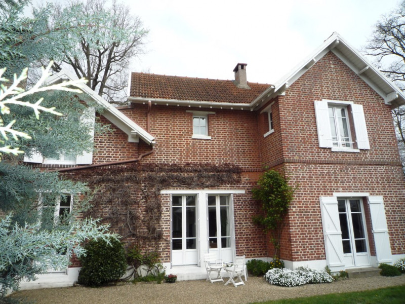 Sale house / villa La celle saint cloud 930 000€ - Picture 1