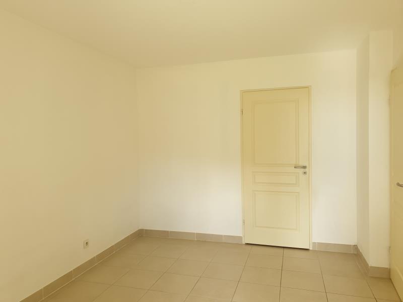 Location appartement Aix en provence 855€ CC - Photo 4