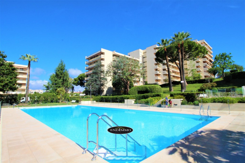 Sale apartment Antibes 398 000€ - Picture 1