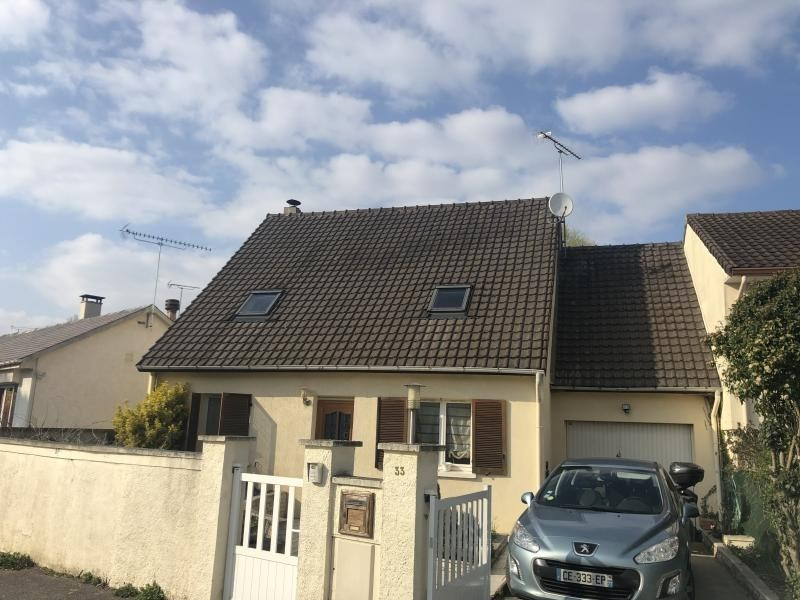 Sale house / villa Angervilliers 294 000€ - Picture 1