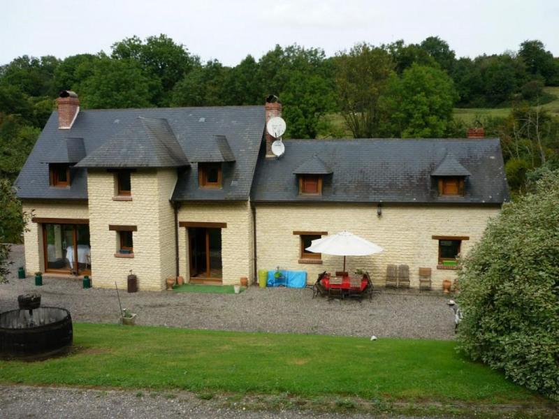 Sale house / villa Cambremer 378000€ - Picture 1