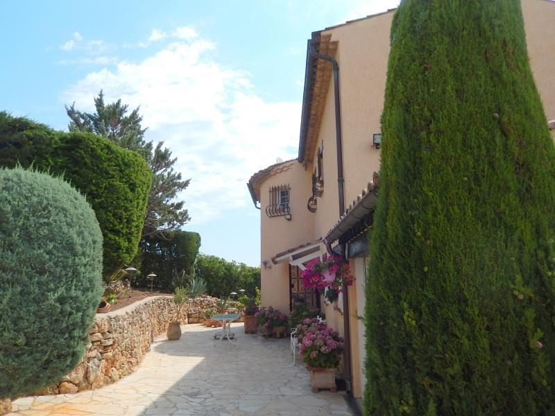 Deluxe sale house / villa St aygulf 795 000€ - Picture 9