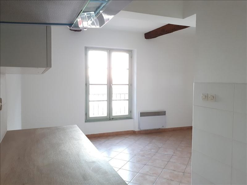 Rental apartment Toulon 430€ CC - Picture 1