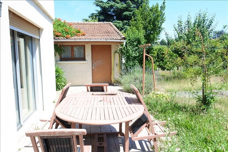 Sale house / villa Romans sur isere 220000€ - Picture 2