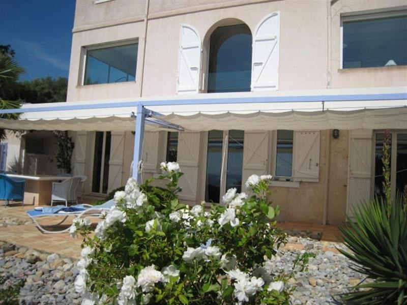 Vacation rental house / villa Cavalaire sur mer 3 800€ - Picture 15