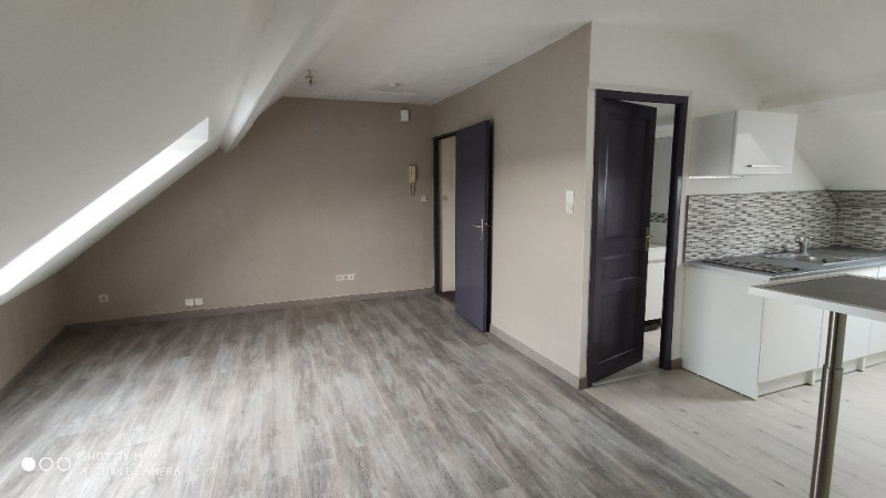 Location appartement Saint quentin 335€ CC - Photo 9