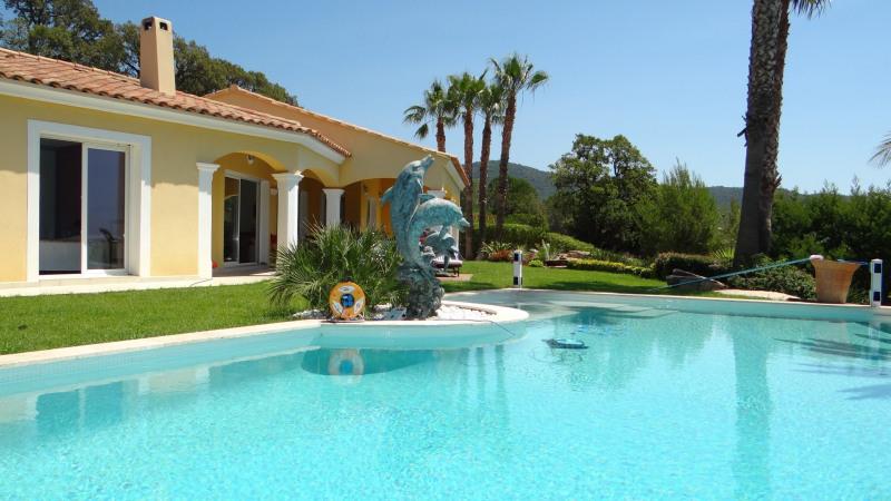 Sale house / villa Le lavandou/ cavalière 1700000€ - Picture 2