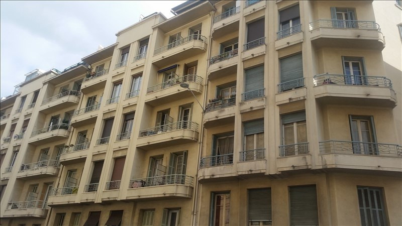 Sale apartment Nice 220 000€ - Picture 1