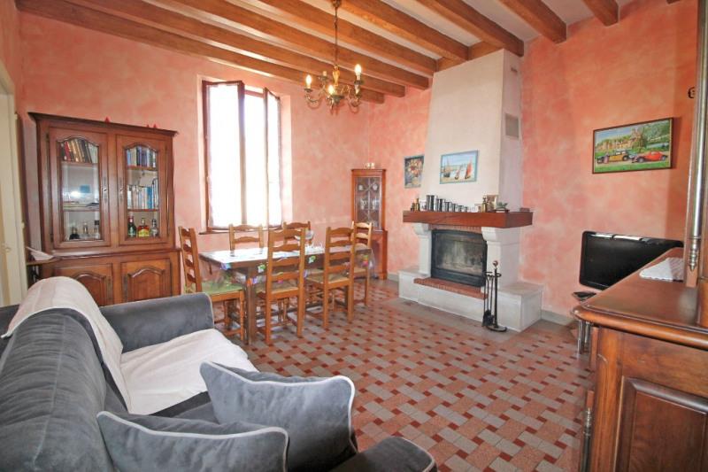 Vente maison / villa Ruille sur loir 83000€ - Photo 3