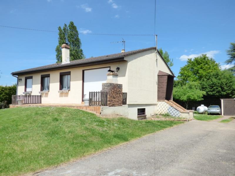 Sale house / villa Les andelys 148000€ - Picture 1