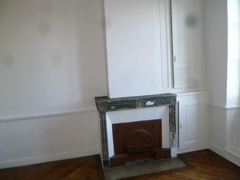 Rental apartment St genis laval 772€ CC - Picture 3