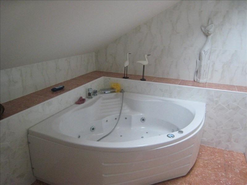 Sale house / villa Cusset 183180€ - Picture 8